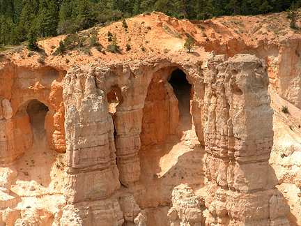 Bryce Point Arch, Bryce Point, Bryce Canyon National Park, Utah
