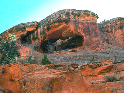Holly Twin Bridge Inner, Crips Hole near Moab, Utah