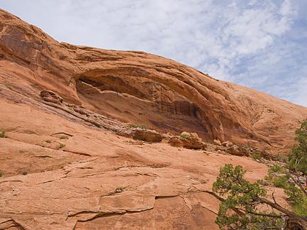 Longbow Arch, Poison Spider Mesa near Moab, Utah