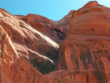 Mini Whale Arch, Bride Canyon near Moab, Utah