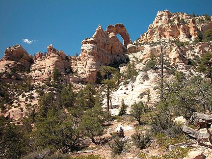 Peavine Canyon Arch, Peavine Canyon, San Juan County, Utah